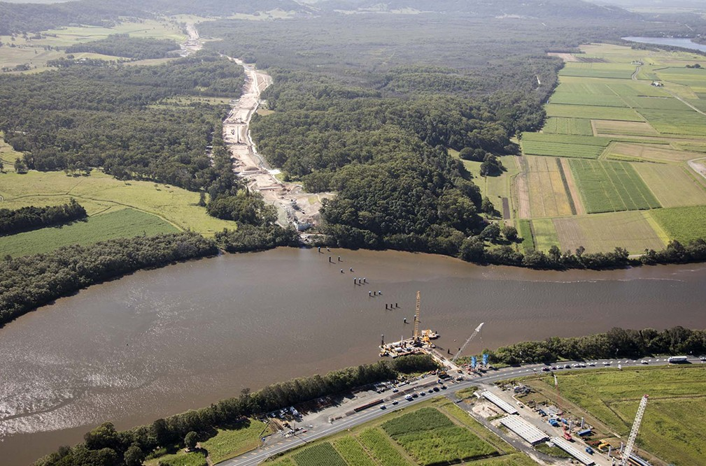 W2B-Bridge over Richmond River at Broadwater-aerial.jpg