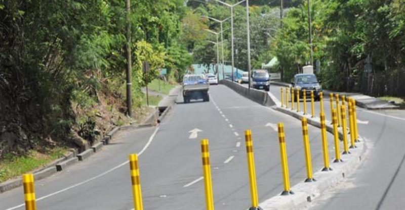 saint-lucia-highway-median-strip0.jpg